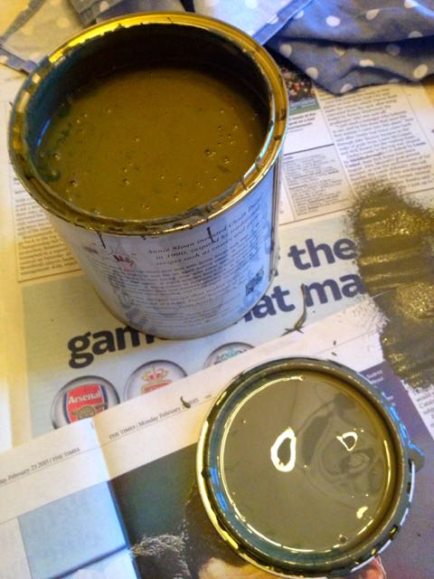 The green chalk paint
