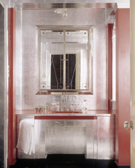 The Art Deco bathroom at Upton House, Warwickshire