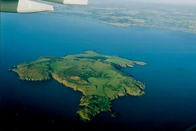 Lambay_Island_-_Reachrainn_-_geograph.org.uk_-_1350641